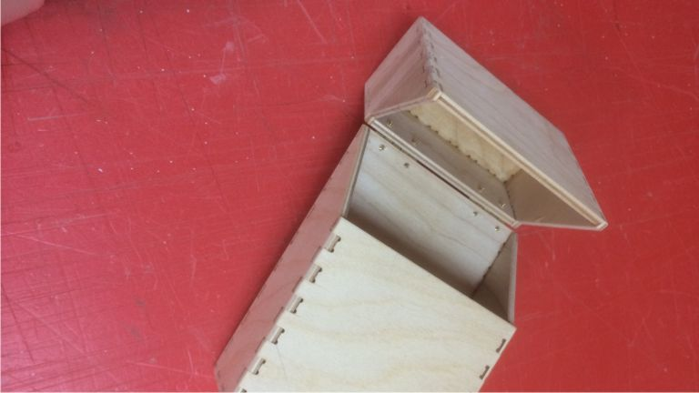Фанерная коробка